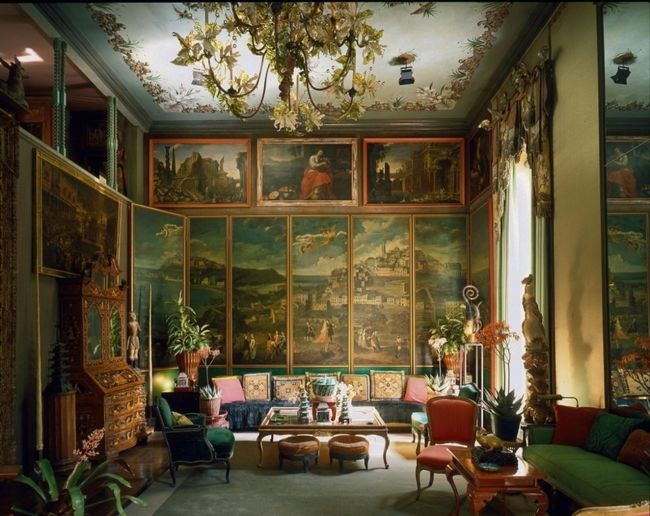 The story behind the opulent location for our AW17 shoot